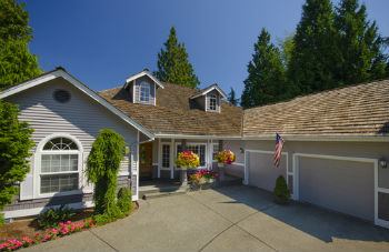 secondary waterfront homes north Idaho Coeur d'Alene